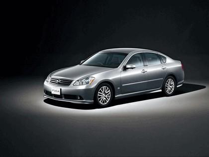 2004 Nissan Fuga 3