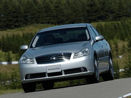 2004 Nissan Fuga 9