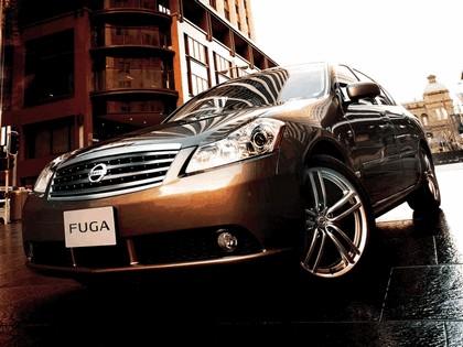 2004 Nissan Fuga 16