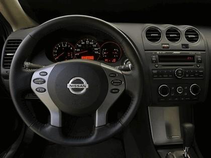 2009 Nissan Altima coupé 16