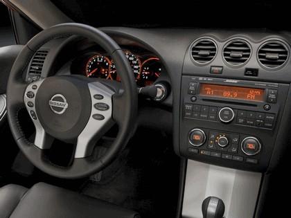 2009 Nissan Altima coupé 17