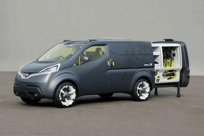 2009 Nissan NV200 concept 7