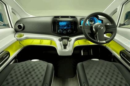 2009 Nissan NV200 concept 14