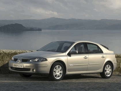 2005 Renault Laguna II 8