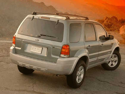2005 Ford Escape Hybrid 3