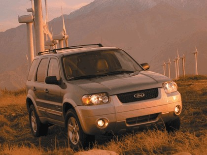 2005 Ford Escape Hybrid 4