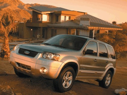2005 Ford Escape Hybrid 7