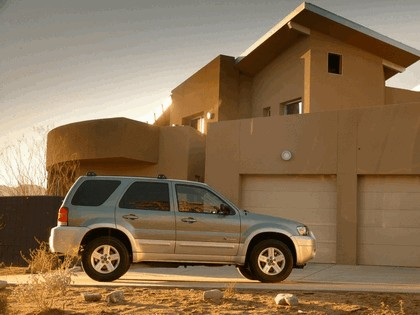 2005 Ford Escape Hybrid 8