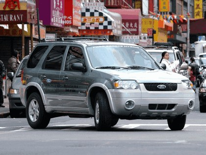 2005 Ford Escape Hybrid 15