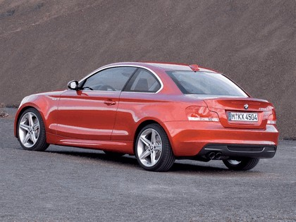 2008 BMW 1er coupé 24