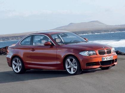 2008 BMW 1er coupé 29