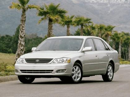 2000 Toyota Avalon 1