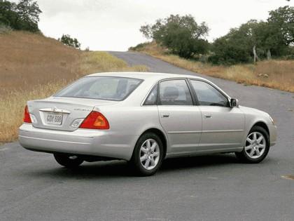 2000 Toyota Avalon 2