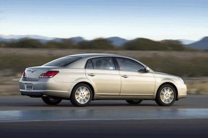 2009 Toyota Avalon 19