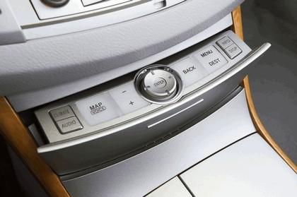 2009 Toyota Avalon 38