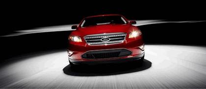 2010 Ford Taurus SHO 4