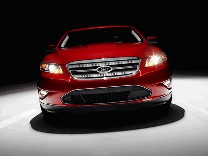 2010 Ford Taurus SHO 5