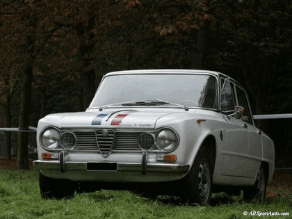 1972 Alfa Romeo Giulia 5