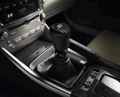 2009 Lexus F-Sport accessories for IS cabriolet & AWD and GS sedan 10