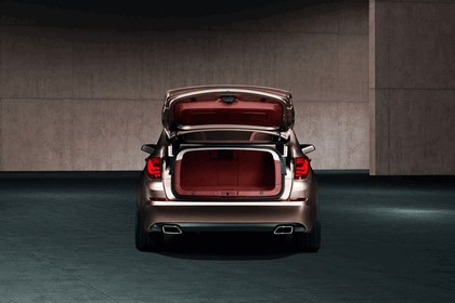 2009 BMW 5er Gran Turismo concept 12