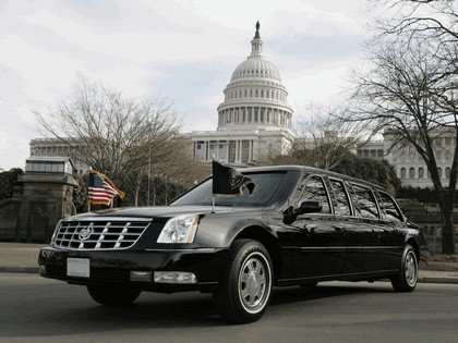 2006 Cadillac DTS Presidential Limousine 2