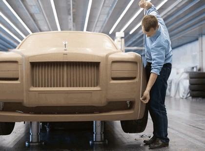 2009 Rolls-Royce 200EX 32