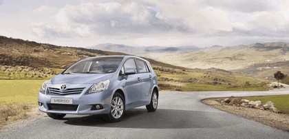 2009 Toyota Verso 9