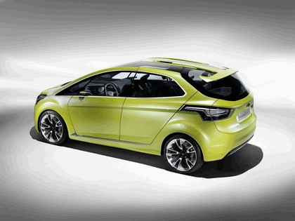 2009 Ford Iosis MAX concept 3