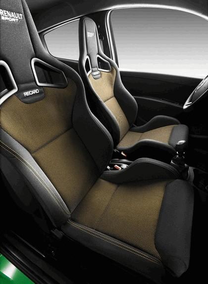 2009 Renault Clio RS 11