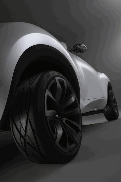 2009 Nissan Qazana concept 14