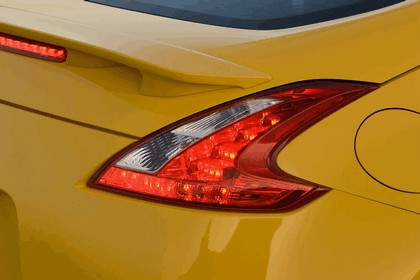 2009 Nissan 370Z 27