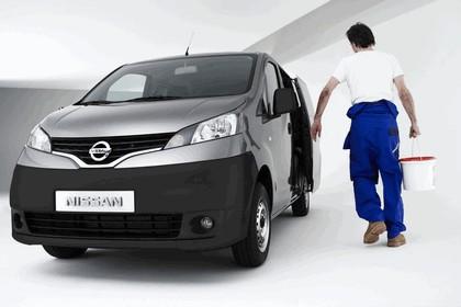 2009 Nissan NV200 13
