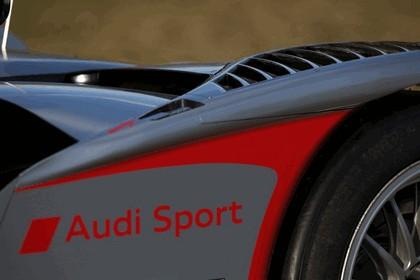 2009 Audi R15 TDi 32