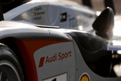2009 Audi R15 TDi 40