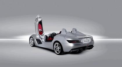 2009 Mercedes-Benz McLaren SLR Stirling Moss 13