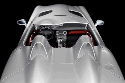 2009 Mercedes-Benz McLaren SLR Stirling Moss 17