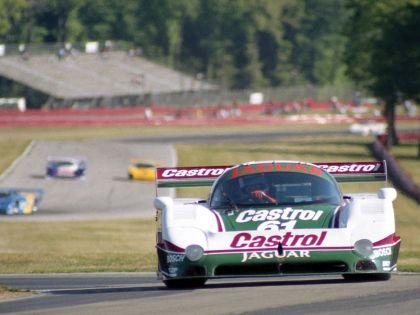 1988 Jaguar XJR9 27