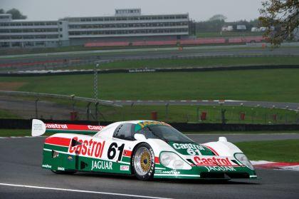 1988 Jaguar XJR9 29