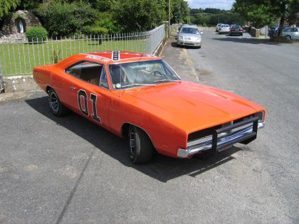 1969 Dodge Charger ( Dukes of Hazzard - General Lee ) 6