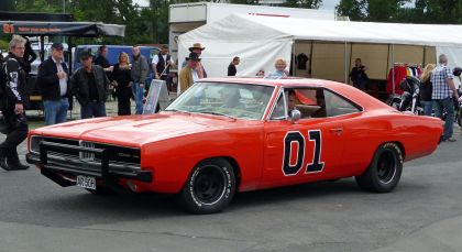 1969 Dodge Charger ( Dukes of Hazzard - General Lee ) 14