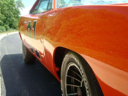 1969 Dodge Charger ( Dukes of Hazzard - General Lee ) 19