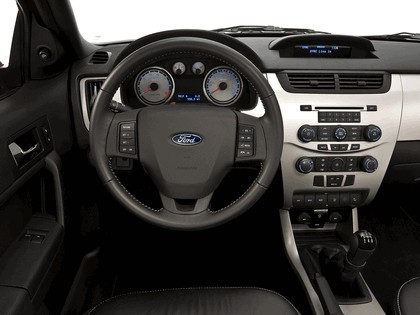 2007 Ford Focus coupé - USA version 3