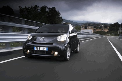 2009 Toyota iQ 13