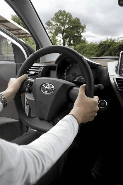 2009 Toyota iQ 117