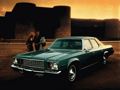 1976 Plymouth Gran Fury 2