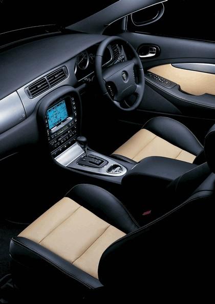 2004 Jaguar S-Type R 30