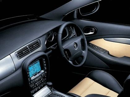 2004 Jaguar S-Type R 31