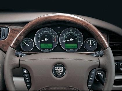 2004 Jaguar S-Type R 33