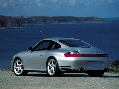 2002 Porsche 911 Carrera 4S 9