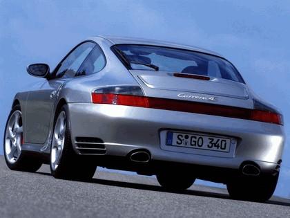2002 Porsche 911 Carrera 4S 14